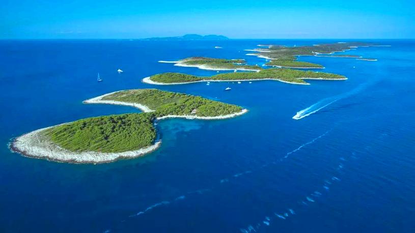 Hell Islands in front of Hvar
